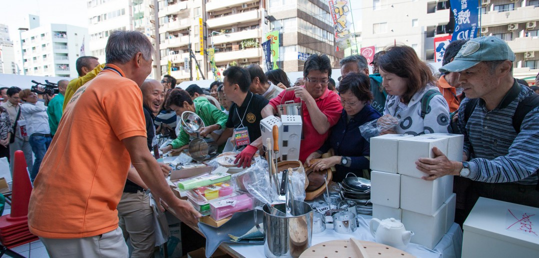 かっぱ橋道具まつり Kappabashi Utensil festival (article by amuzen)