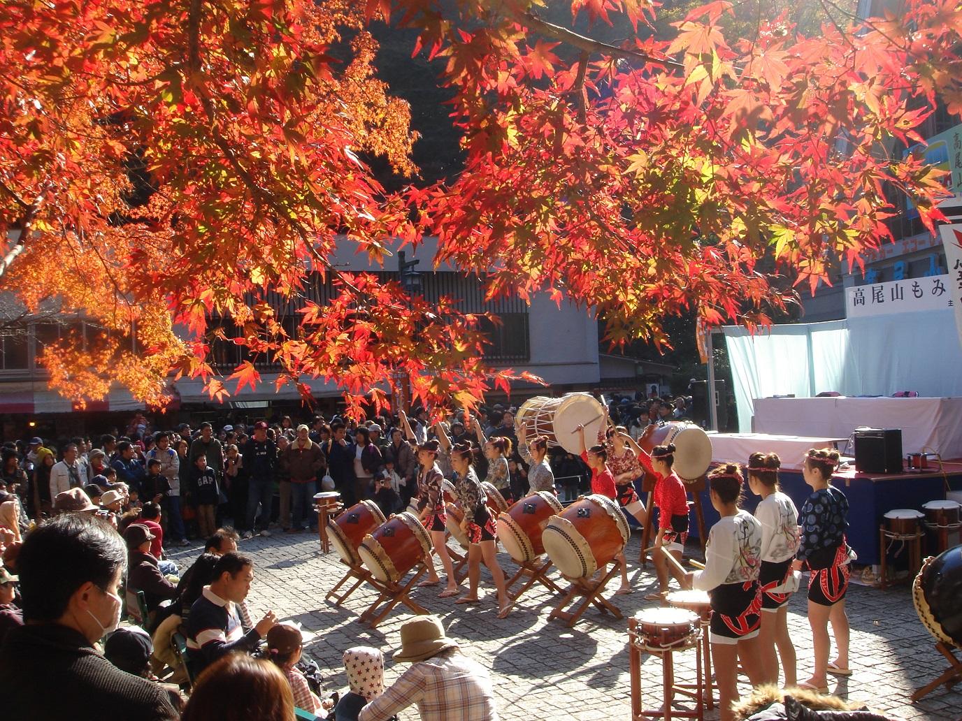 高尾山もみじまつり Mt Takao autumn (article by amuzen 記事)
