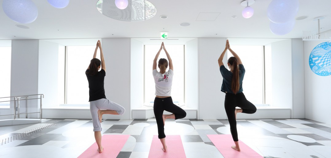 sunshine yoga 2 sky circus