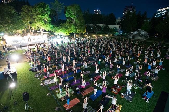 midpark yoga ミッドパーク ムーンヨガ&サンセット メディテーション