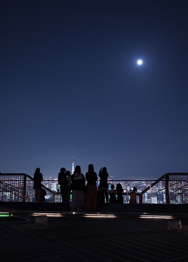 「中秋の名月 観月会」(六本木ヒルズ展望台)レポート