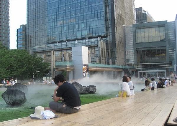 光と霧のデジタルアート庭園 2021 東京ミッドタウン